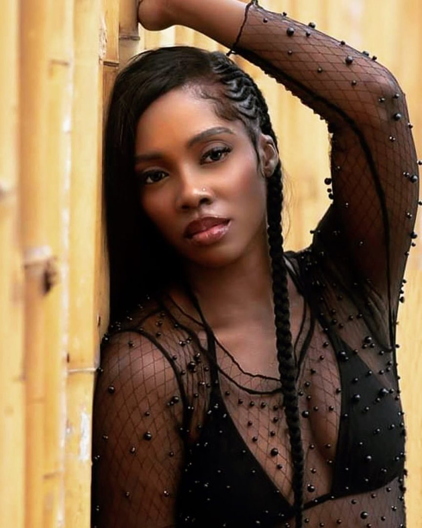 tiwasavage responds to breast/boobs sagging Troll on Instagram